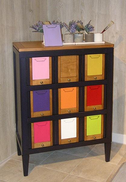 commode a tiroir multicouleirs les coloristes meubles duquesnoy frelinghien nord lille
