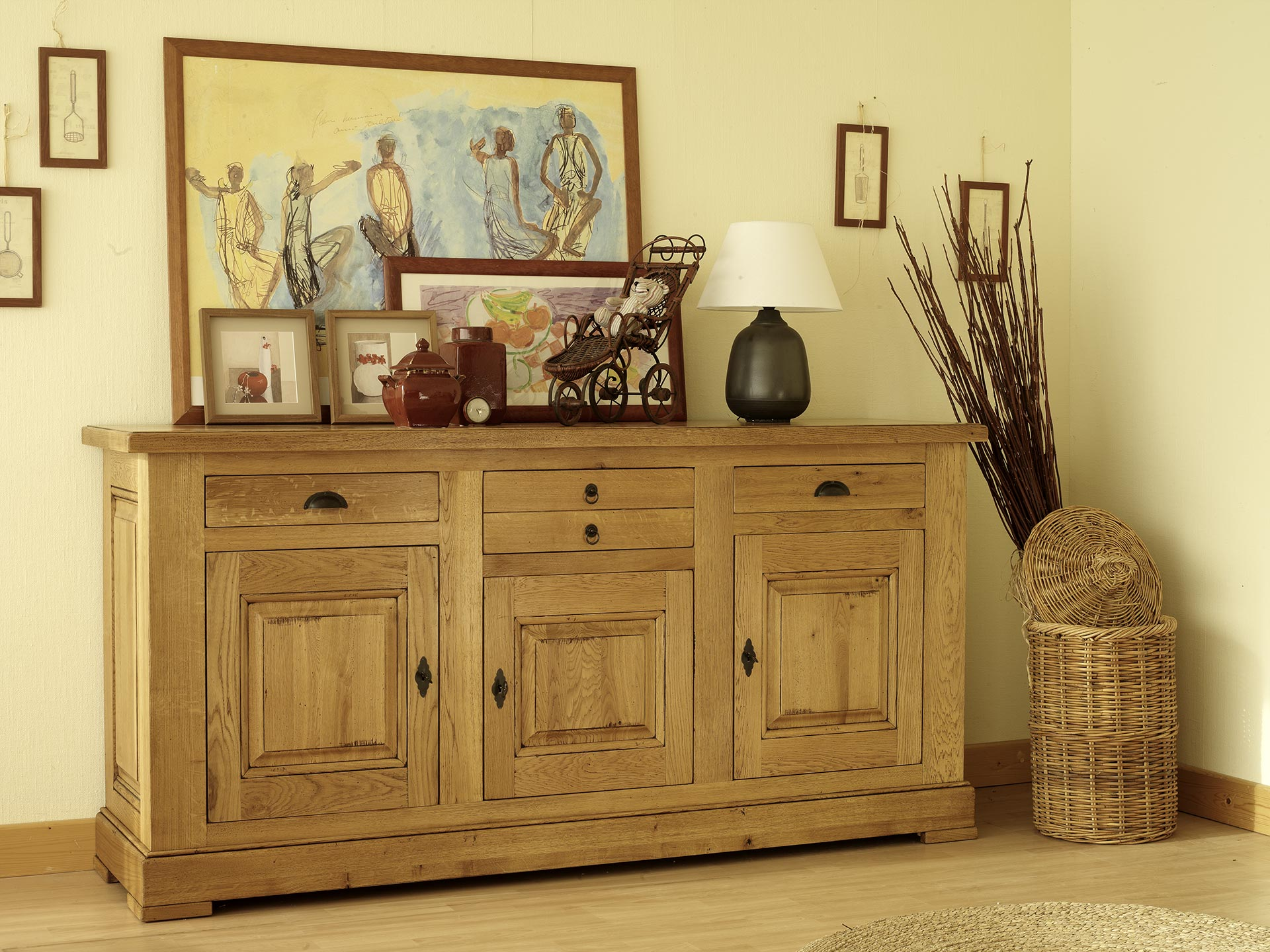 meubles massifs de style campagne , rustique et de tradition